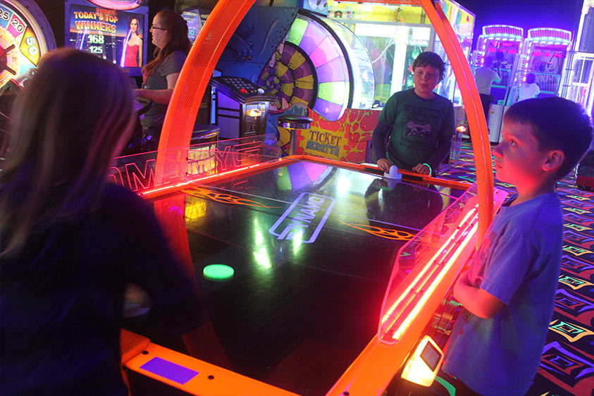 GlowZone 360 Active Entertainment - Arcades